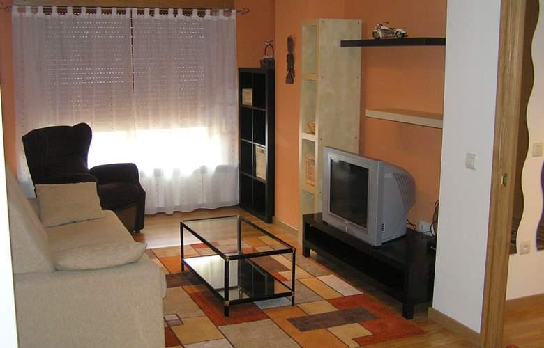 Apartamentos Low Cost Jaca - General - 0