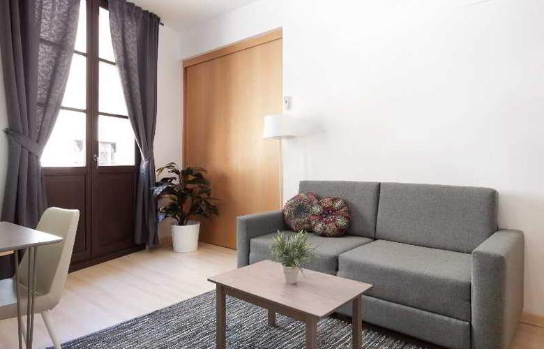 Barcelona Suites - Room - 19