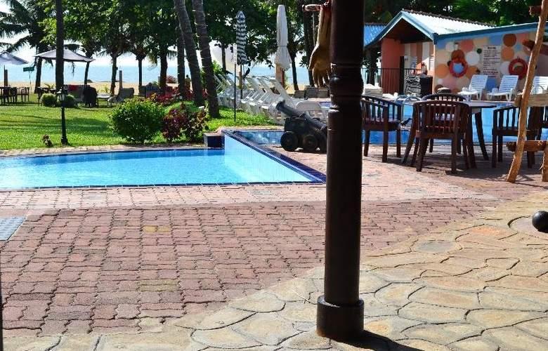 Paradise Beach - Pool - 12