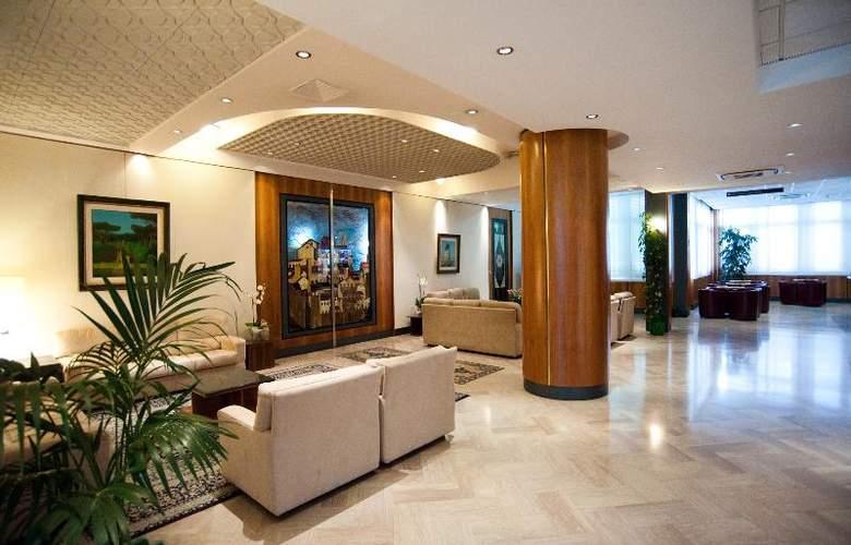 Minerva Arezzo - Hotel - 4