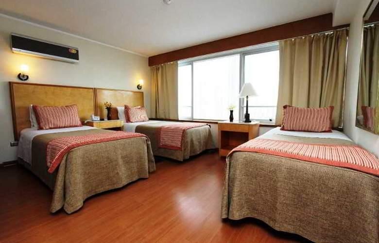 RQ Santiago Suites - Room - 1