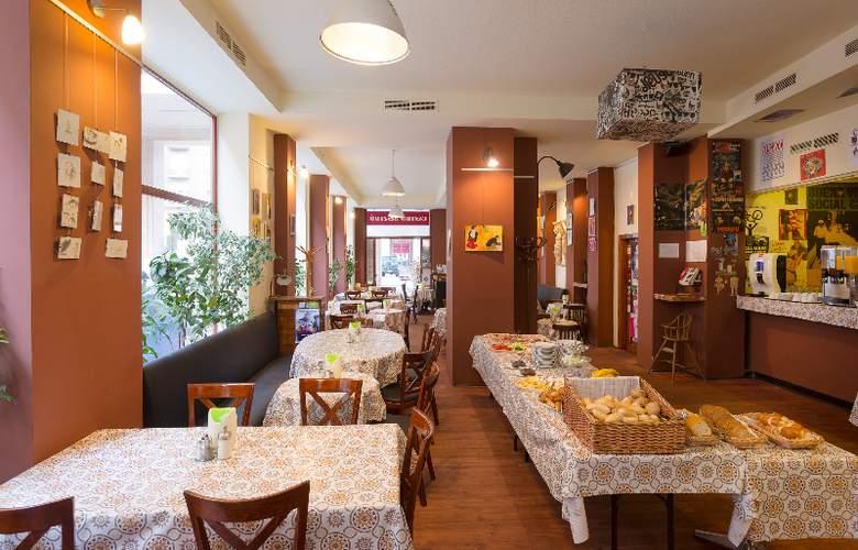 Arcadia Hotel Budapest - Restaurant - 3