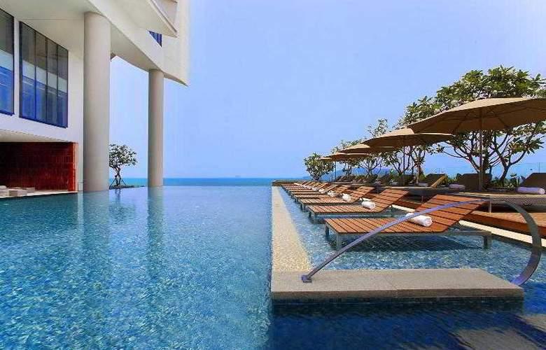 Sheraton Nha Trang Hotel and Spa - Pool - 82