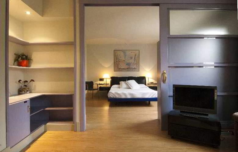 Domo - Room - 12