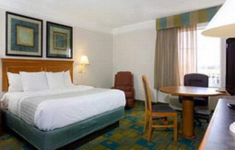 La Quinta Inn & Suites Forth Worth Southwest - Room - 5