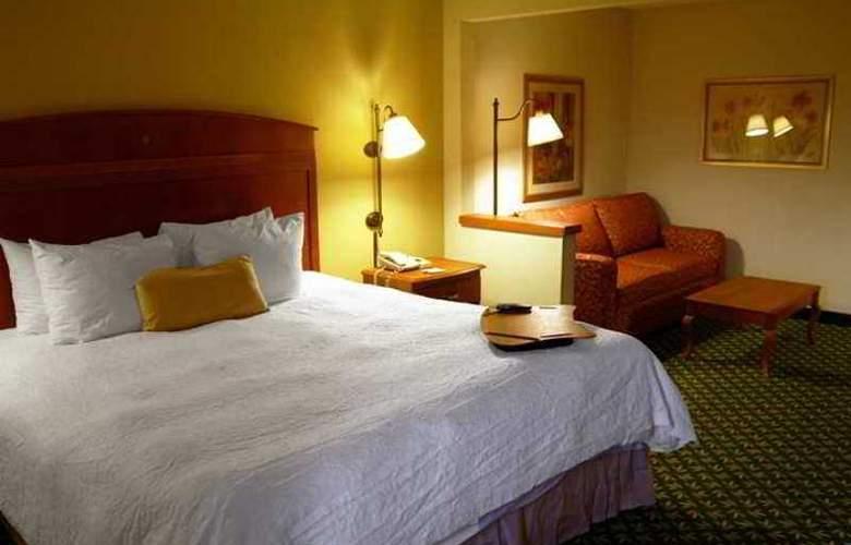 Hampton Inn Minneapolis/Burnsville - Hotel - 3