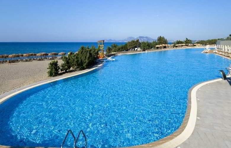 Blue Lagoon Village - Pool - 7