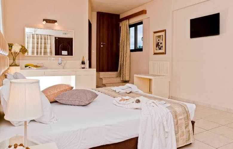St Constantin  - Room - 2