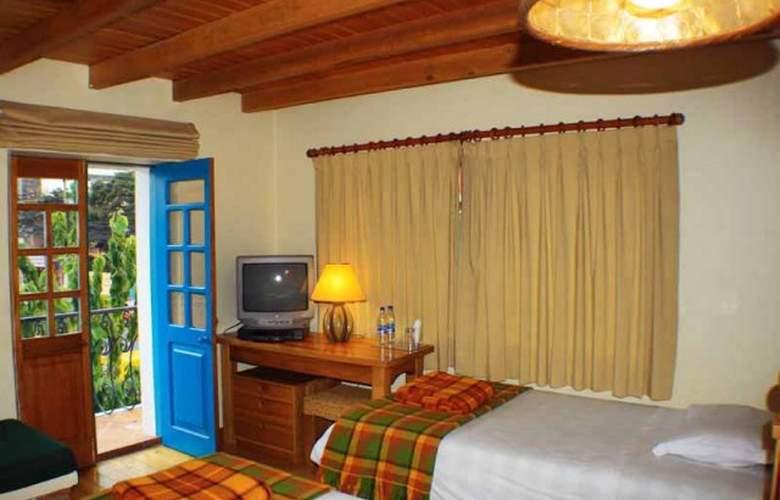 Vieja Cuba Quito - Room - 8