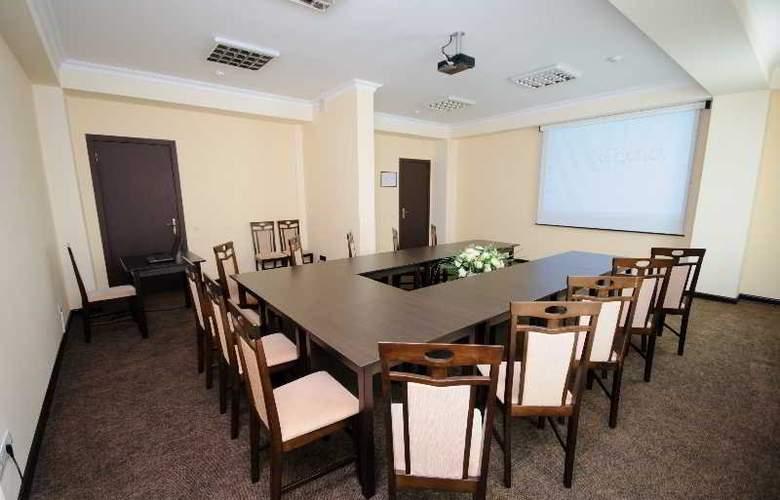 Regency - Conference - 4