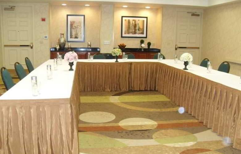 Hampton Inn Tropicana - Conference - 4