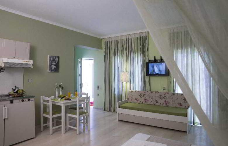 Elia Stalos Apartments - Room - 13