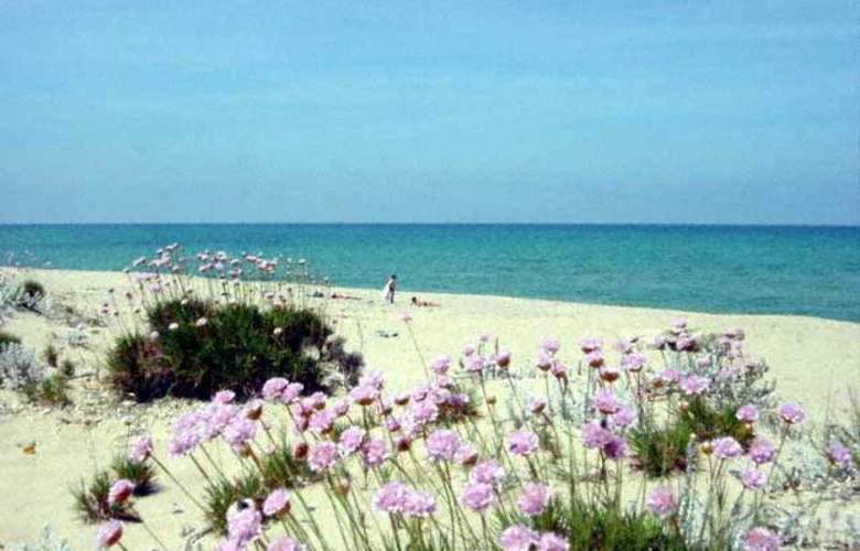 Sandalia - Beach - 14