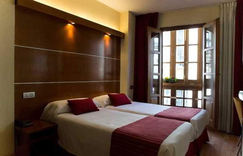 Puerta de las Granadas - Room - 16