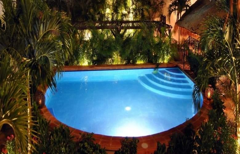 La Pasion Boutique Hotel - Pool - 32