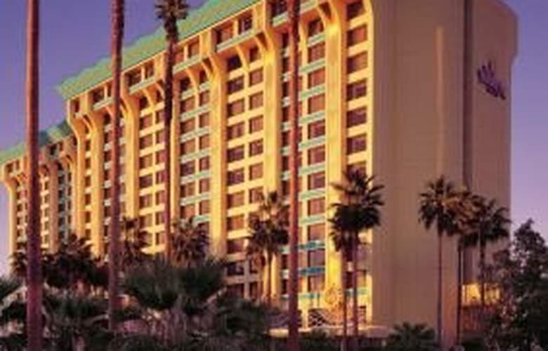Disney Paradise Pier - Hotel - 0