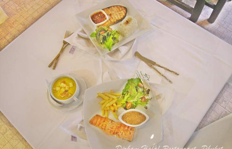 Bangtao Beach Chalet Phuket - Restaurant - 70