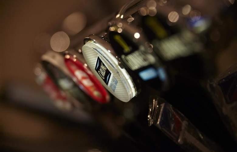 Best Western Cumberland - Bar - 267