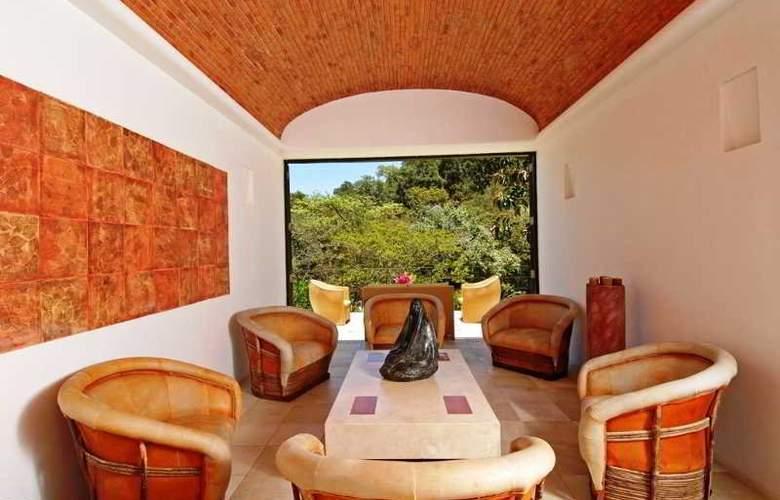 Villa Azalea Inn & Organic Farm - Hotel - 8