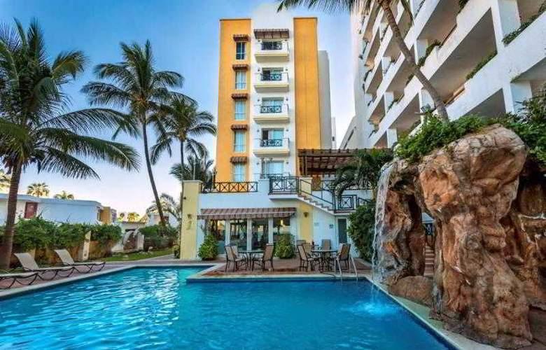 Best Western Posada Freeman Zona Dorada - Hotel - 3