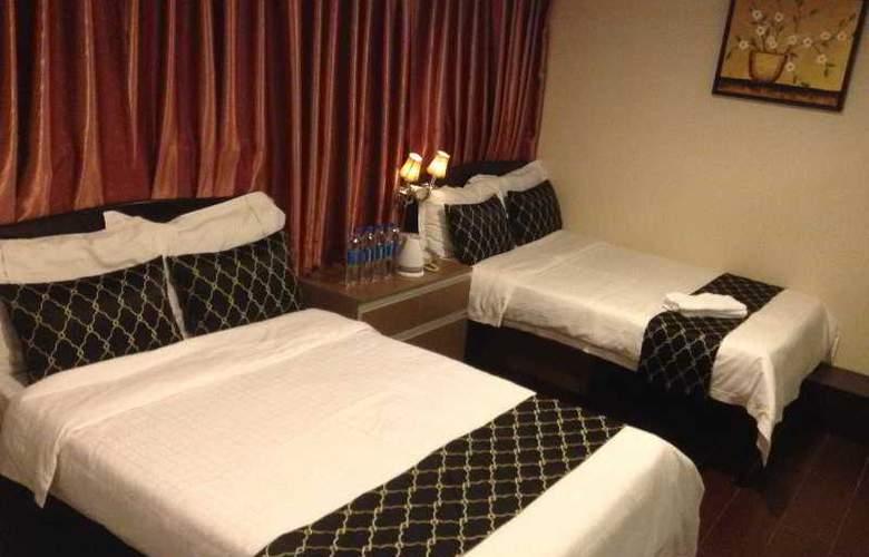 California Hotel - Room - 20