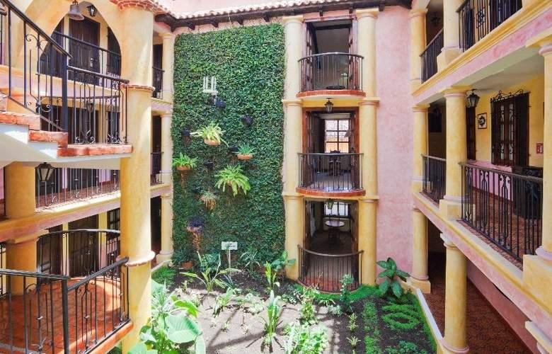 Holiday Inn San Cristobal - Hotel - 5