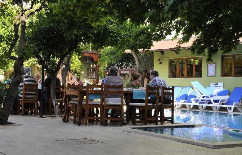 Oscar - Restaurant - 11