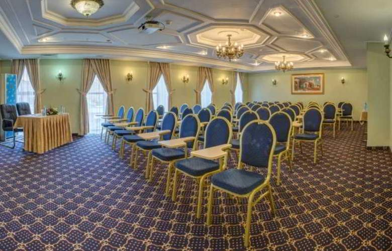 Kazzhol - Conference - 11