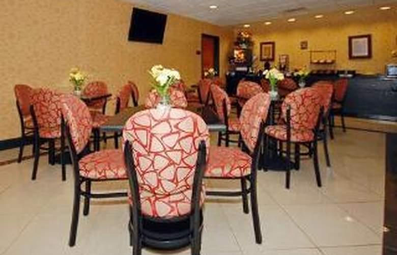 Comfort Inn & Suites Monggomery - General - 4
