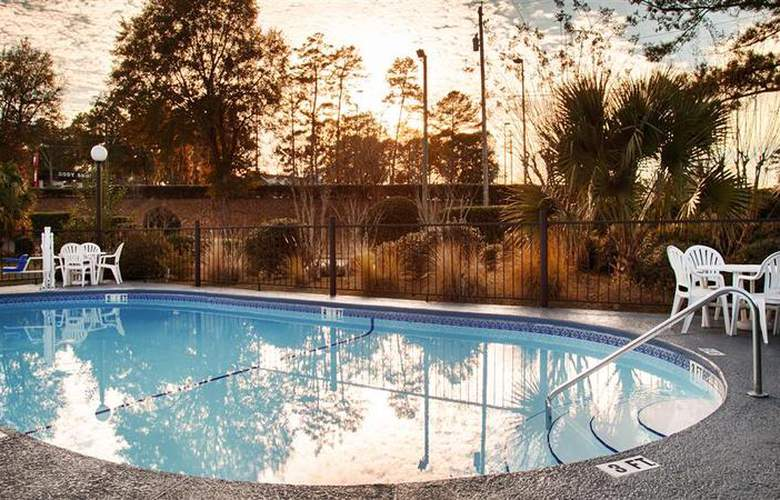 Best Western Pride Inn & Suites - Pool - 51