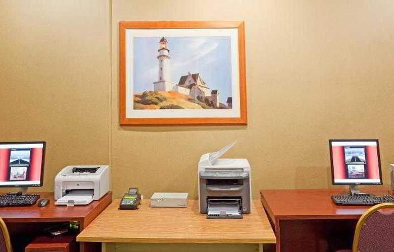 Holiday Inn Cape Cod-Hyannis - Sport - 19