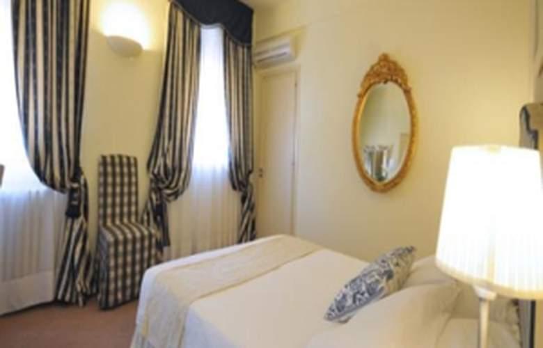 Tigullio Et De Milan - Hotel - 3