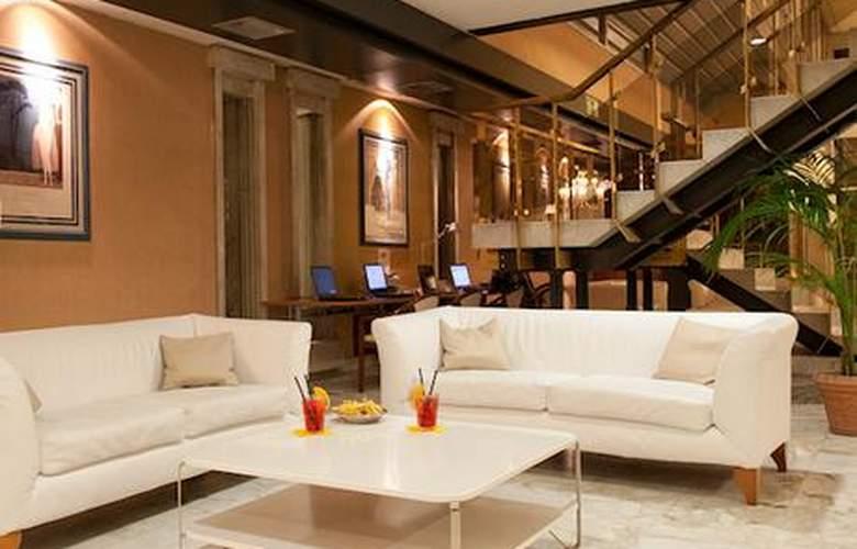 Italiana Hotels Florence - Hotel - 6