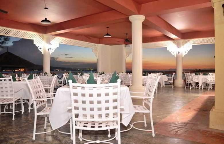 Jewel Paradise Cove Beach Resort & Spa - Restaurant - 5