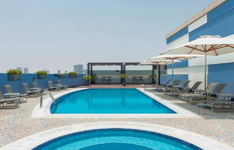 Coral Deira Dubai - Pool - 33