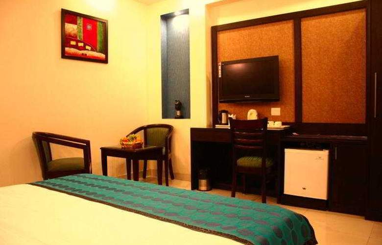 Saar Inn - Room - 5