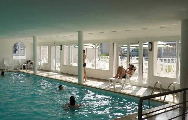 Le Domaine de l'Emeraude - Pool - 6