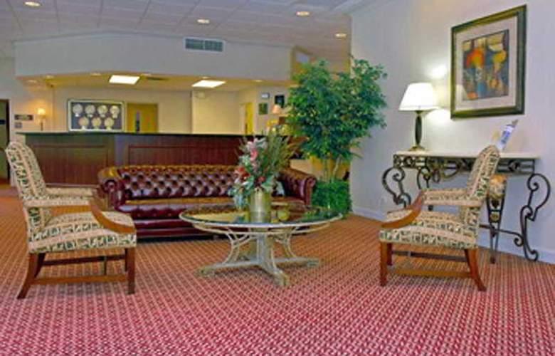 Executive Plaza Hotel - General - 0