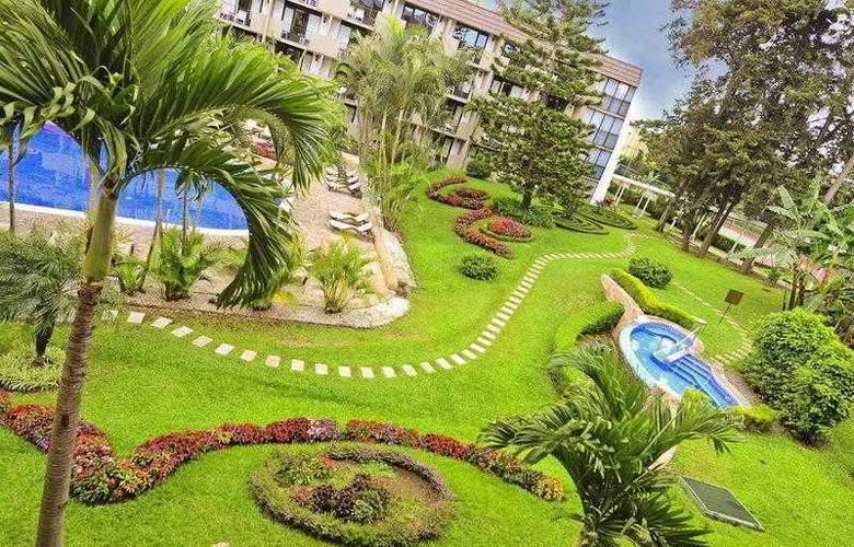 Best Western Irazu - Hotel - 2