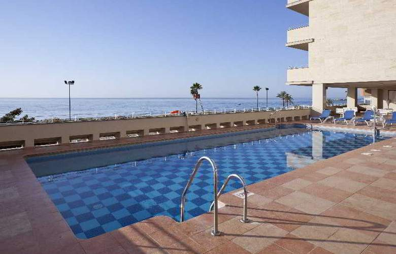 Ilunion Fuengirola - Pool - 16
