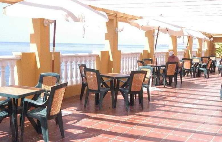 Urban Dream Torrox Costa - Bar - 3