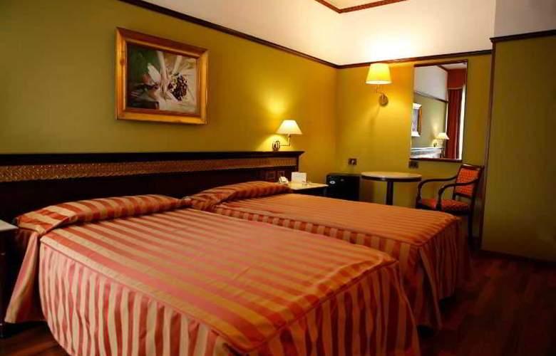 Politeama Palace - Room - 9