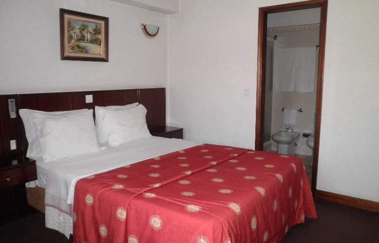 Hotel Residencial Batalha - Room - 2