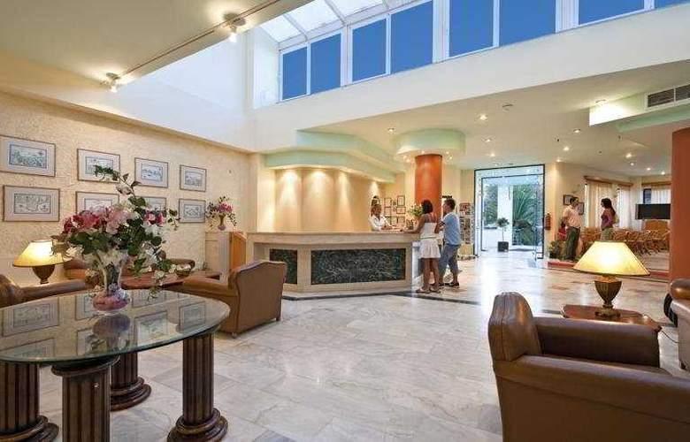 Gortyna Hotel - Hotel - 0