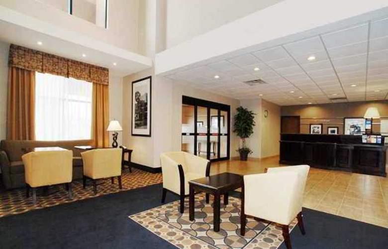 Hampton Inn & Suites Childress - Hotel - 0