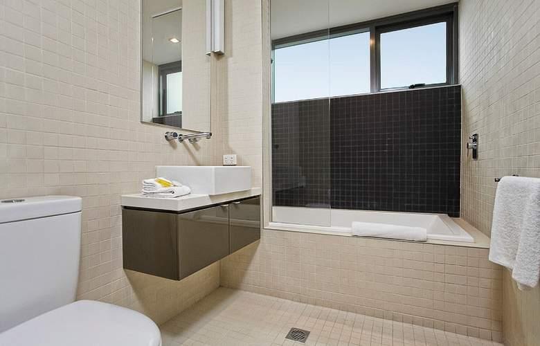 Quattro On Astor Apartments - Room - 6