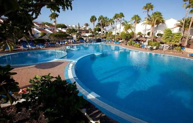 Select Sunningdale - Pool - 28
