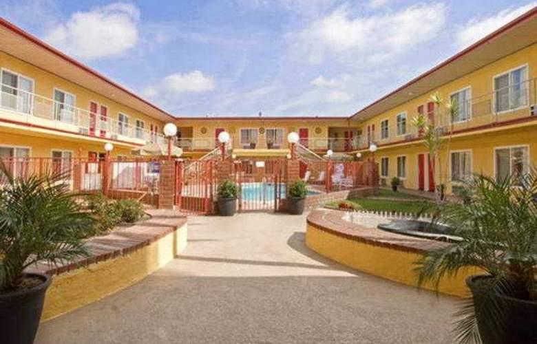 Americas Best Value Inn Anaheim - Hotel - 0