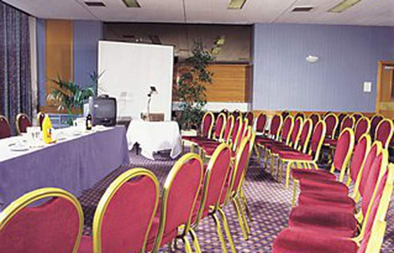 Royal British Hotel - Conference - 2