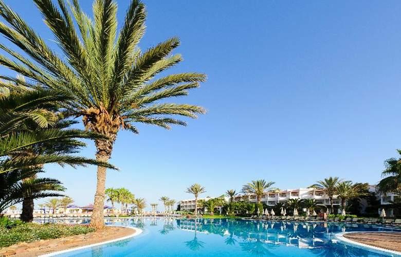 Iberostar Founty Beach - Pool - 17
